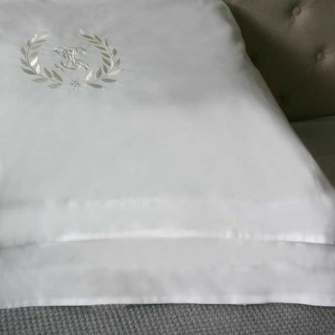 Set of Two Vintage Wreath Pillowcases
