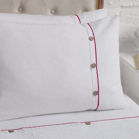 Tilbury Red Trim Pillowcase, Set of Two