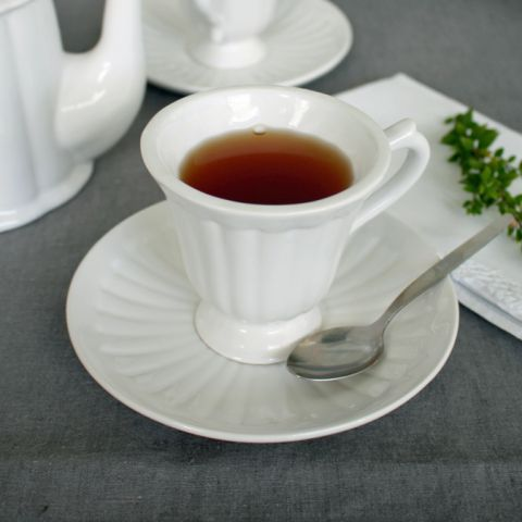 Set of 4 White  Teacup & Saucers