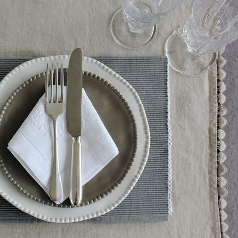 Table Linen, Napkins & Cutlery
