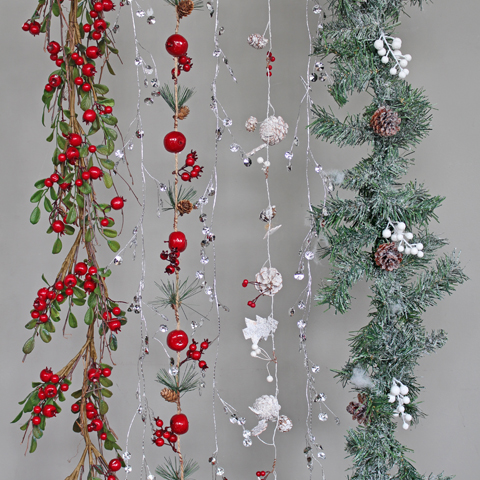 Garlands, Wreaths & Trees