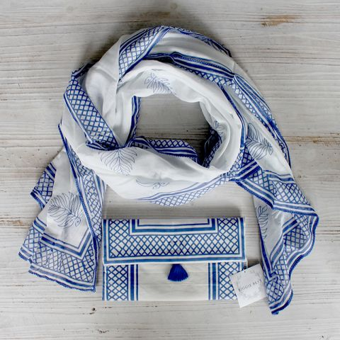 LEAF SCARF IN A BAG - BLUE